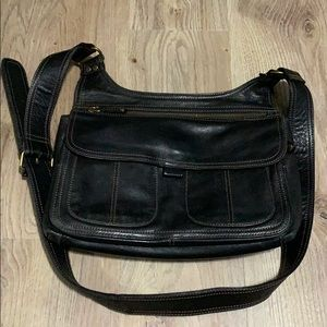 Very nice Fossil crossbody purse.